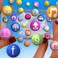 Und täglich grüsst das empörte Social Media Murmeltier-Social Media Icons